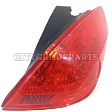 GENUINE PEUGEOT 308 5DR MODELS 2007 TO 13 DRIVER RIGHT SIDE REAR CLUSTER LAMP LIGHT
